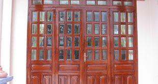 Dịch vụ làm cửa sắt giả gỗ tại TPHCM